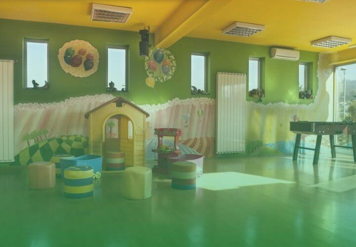 child care cleaning main picture